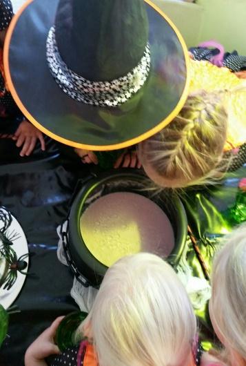 Verjaardagsfeest heksen