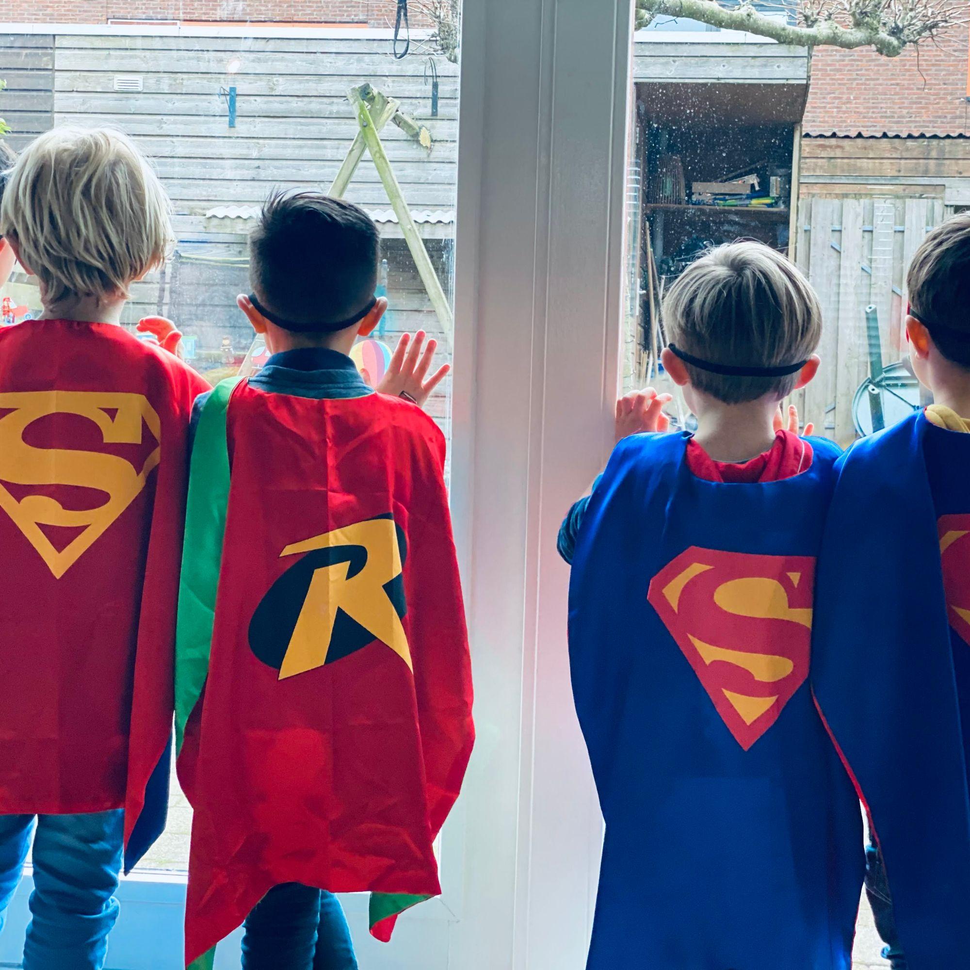 Themakist kinderfeestje Superhelden